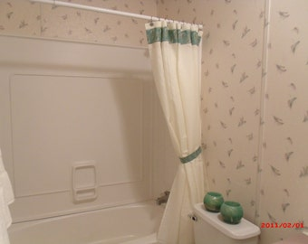 Christmas Shower Curtain and towel set Poinsettia Shower