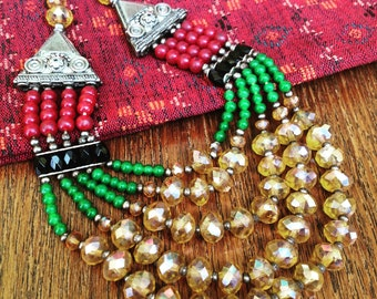 Necklace, four ranks glass necklace, vintage oriental style necklace, red, green black and golden beads