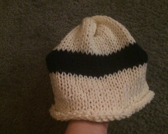 Large White/Navy Striped Hat