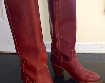 1980's knee high heels ZODIAC USA Slip on cowboy boots sz 7.5