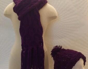 Purple chain scarf