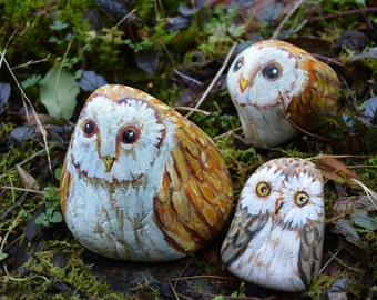 Hand Painted Owl Beach Pebble