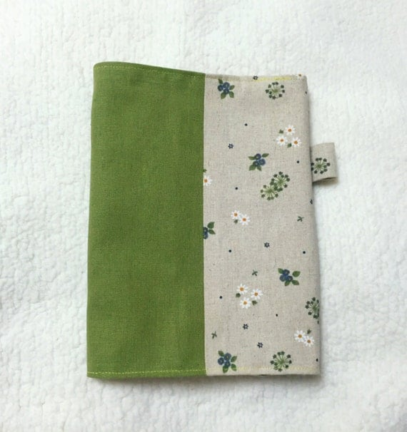Make Adjustable Fabric Book Cover ~ Adjustable fabric bookcover with little flowers in beige and