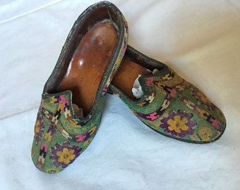 Tribal Afghan Shoes: Hand-embroidered, handmade