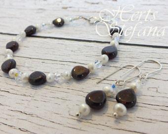 Garnet, Freshwater Pearl & Swarovski Crystal Bracelet