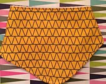 Yello triangles