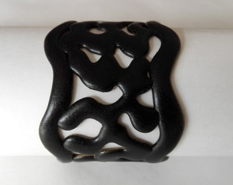 Black TENDERNESS bracelet made by hand of polymers and resins