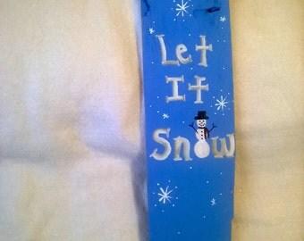 Hand Painted Wooden Let It Snow Door Hanger
