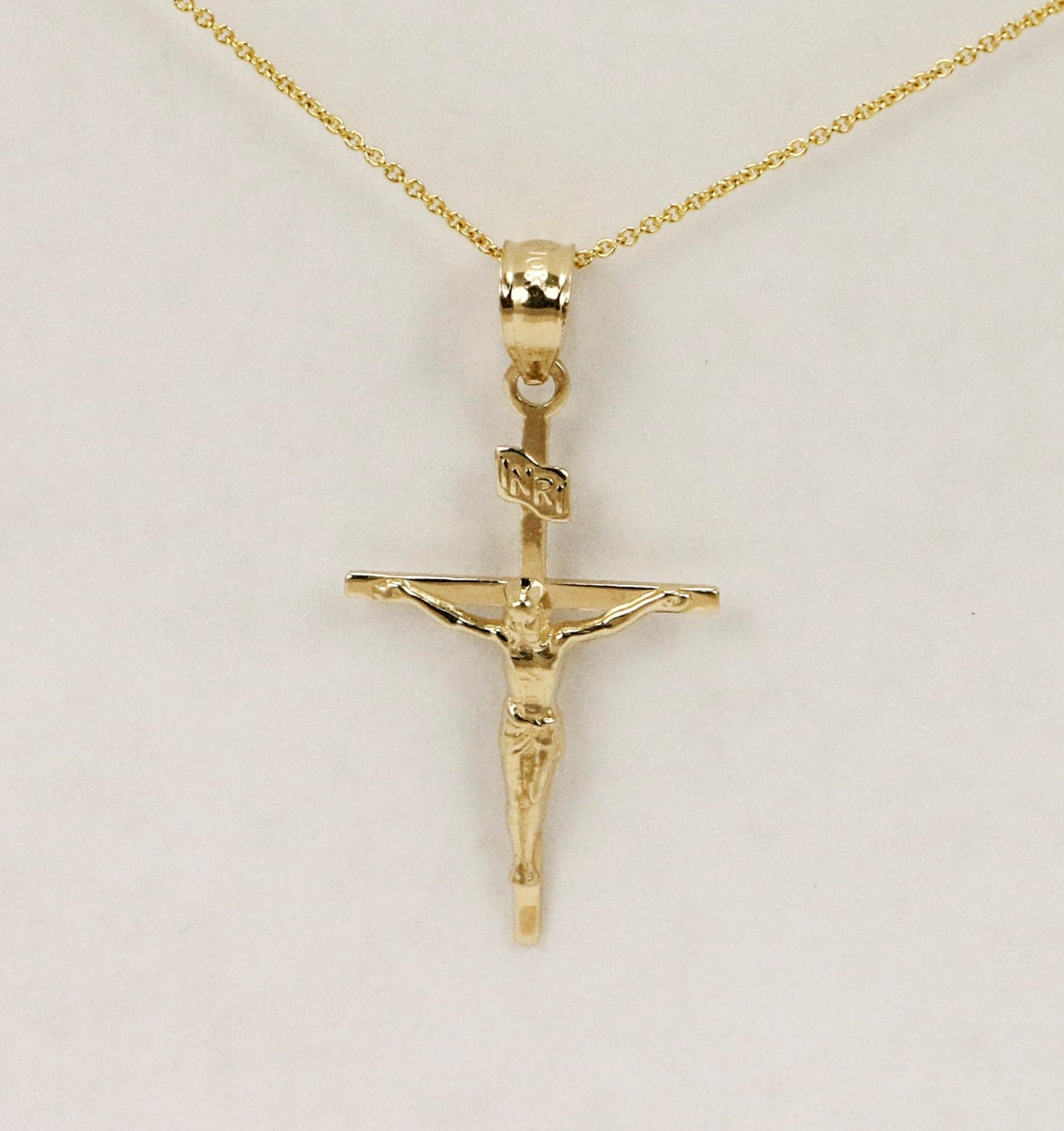 14k Gold Crucifix Necklace: 14k Gold Cross Pendant With Jesus Crucifix With Jesus Charm