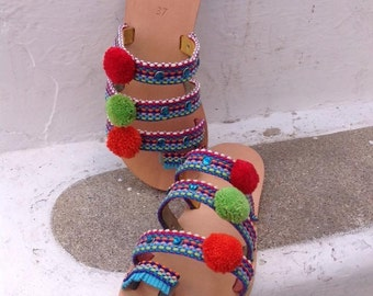 Handmade leather sandals with pon pon