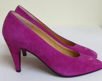 Vintage 1980s Charles Jourdan Magenta Suede Court Shoes with Monogram 'CJ' - Size 4.5 UK, 6.5 USA