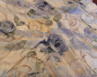 Vintage Blue Rose Table Napkins with The Rings