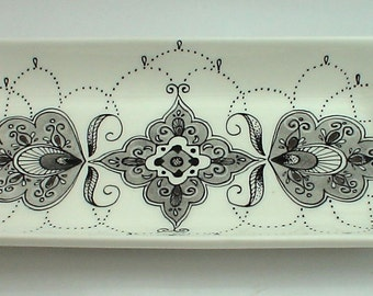 Porcelain Platter with Henna pattern