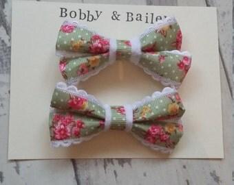 Bow Hair clips floral x2