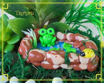 Miniature Fairy Garden Frog Pond