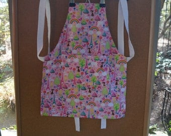 Child Apron Pink with Dreams Pattern