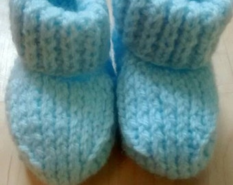 Cute newborn baby boy bootees