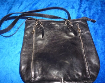Heavy black leather bag by Rudan