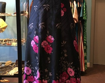 Vintage 1970s Maxi Dress Black with Pink Flowers