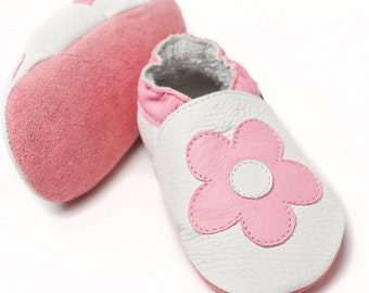 Soft sole leather baby shoes - Pink Flowers