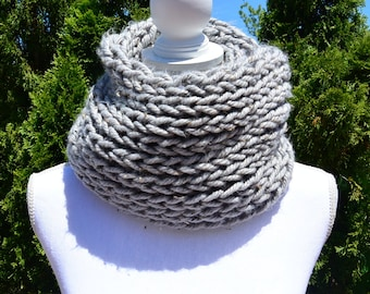 Super Chunky Scarf, Infinity Scarf, Grey Scarf, Winter Scarf, Gift, Christmas Gift, Circle Scarf, Cowl, Soft Scarf, Tweed Scarf, Women Scarf
