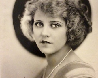 Mary Pickford Photo - America's Sweetheart Actress - Vintage Hollywood - Movie Memorabilia - Silent Film Star - Publicity Photo