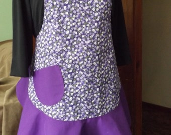 Vintage style full apron in purple floral