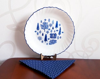 """Decorative plate. Hand-painted. """"Small house in the forest"""". Home  decor."""
