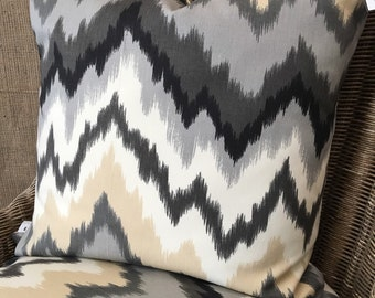 Zigag's Pillow Cover