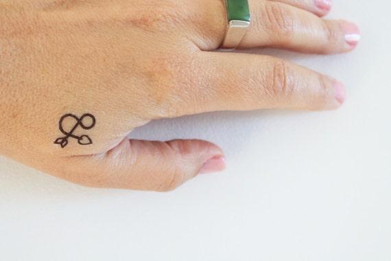 ampersand temporary tattoo / sign temporary tattoo / arrow and heart temporary tattoo / lover gift tattoo / wedding tattoo
