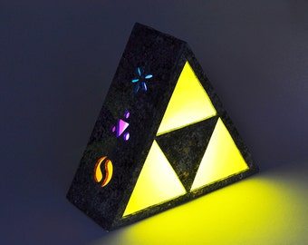 Ambient light of Triforce from Legend of Zelda. Decoration lamp, home decor, illumination, wood. Nintendo, link, game, videogame, geek.