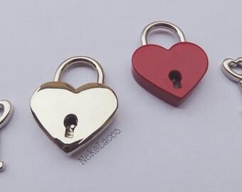Add a heart padlock