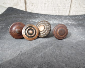 Vintage knobs - collection of four