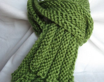 Chunky Green Ribbed Scarf
