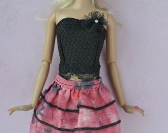 Beautiful handmade top and skirt for Barbie dolls