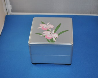 Silver Floral Design Jewelry Box