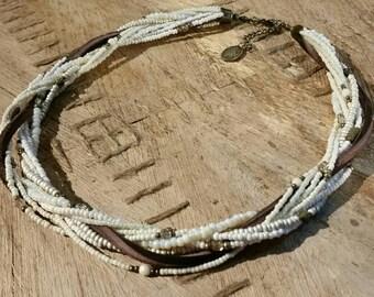 Tohoperlen brown leather necklace / cream