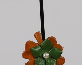 Leather Flower HairPin, Leather Flower, Hair Pins, Toddler Hair Pins, Hair Clips, Leather Hair Clips, Flower Hair Clip, flower HairPin