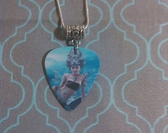 Mermaid Style 3 Pendant on 925 Sterling Silver Chain