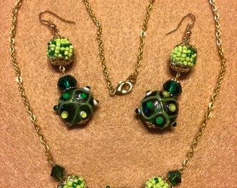 Green beaded earrings and necklace set