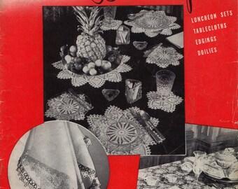 Favorite Designs In Crochet & Tatting - Canadian Spool Cotton Company Book 205