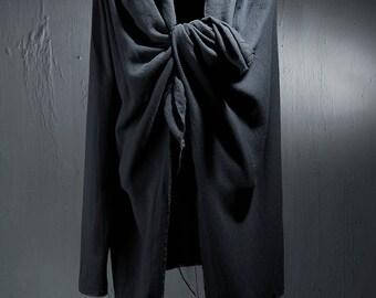 men's fashion/men fashion/mens clothing/cloaks and capes/cape/capes/mens cloak/mens poncho/Alternative Magic Frayed Cape Stylish Black