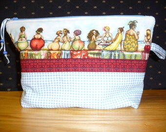 Medium bathing beauties themed project bag, FREE SHIPPING!!! Cosmetic bag, Kindle or e reader bag, knitting bag