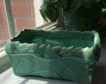 1940's McCoy small ceramic leafy green planter