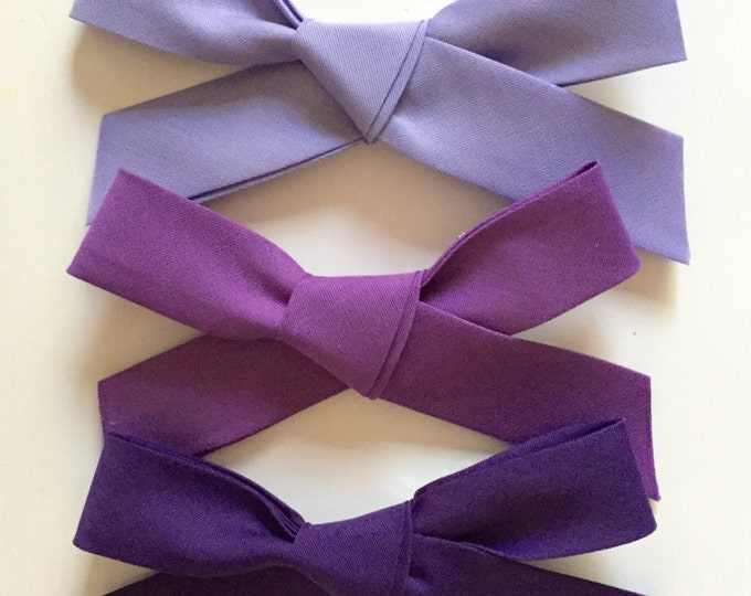 Large Retro Bows