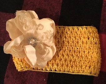 Yellow (baby) headband with white flower