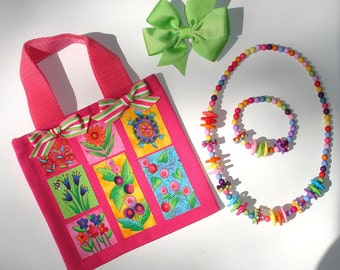 Girls Hot Pink Canvas Tote Bag Floral Appliques Green Grosgrain Bow Acrylic Beaded Necklace & Bracelet Set