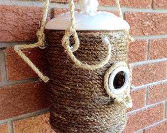 Bird house / real functional / coffee can bird house / OOAK bird house / rustic bird house /shabby chic / handmade / hanging bird house