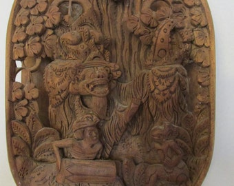 Beautiful Indonesia Wooden Hand Carved 3D Barong Bali Wall Decoration