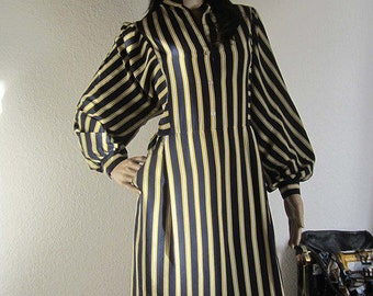 True 70s francs Woods dress/gown stripes 38